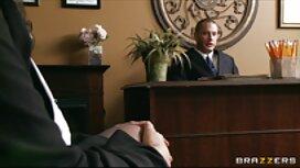 مو بورهای لزبین کارلا کوش و جیلیان جانسون را عكس كوس وكون روی تخت لعنتی